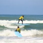10 tips for surfing safely